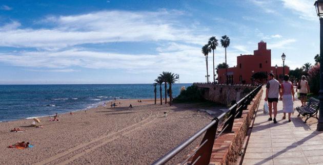 paseo-maritimo-y-playas-benalmadena-costa-1